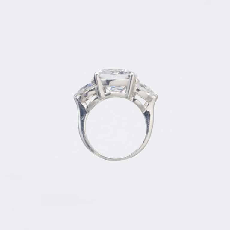 Anello argento solitario tre zirconi