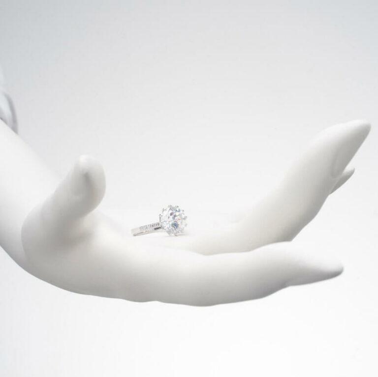 Anello argento solitario zircone
