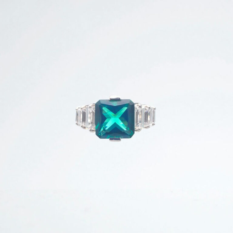 Anello argento zirconi smeraldo
