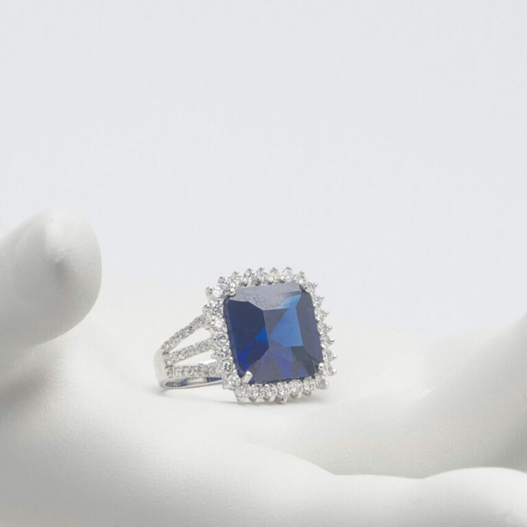 Anello argento zirconi zaffiro