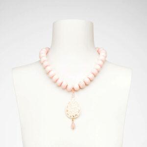 Collana girocollo corallo rosa ciondolo