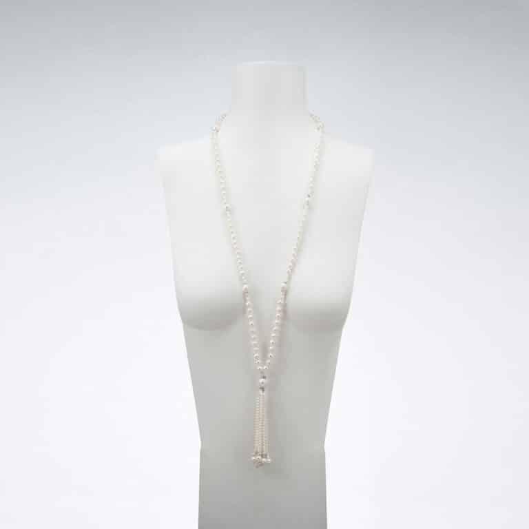 Collana lunga perle ciuffo