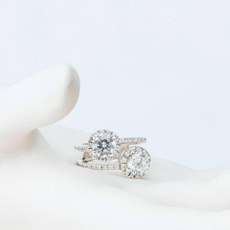 anello argento contrarié zirconi