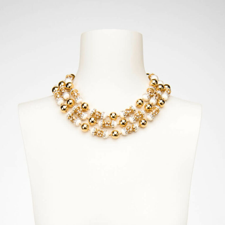 White and Gold Chocker