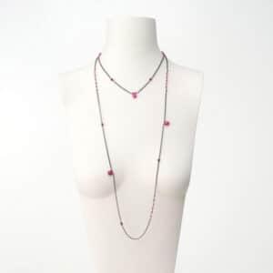 collana lunga nera rosso rubino