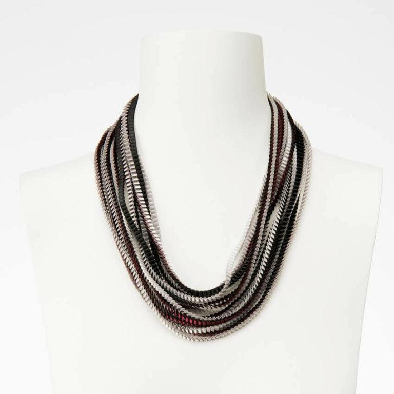collana plissettata seta bordeaux grigio nero