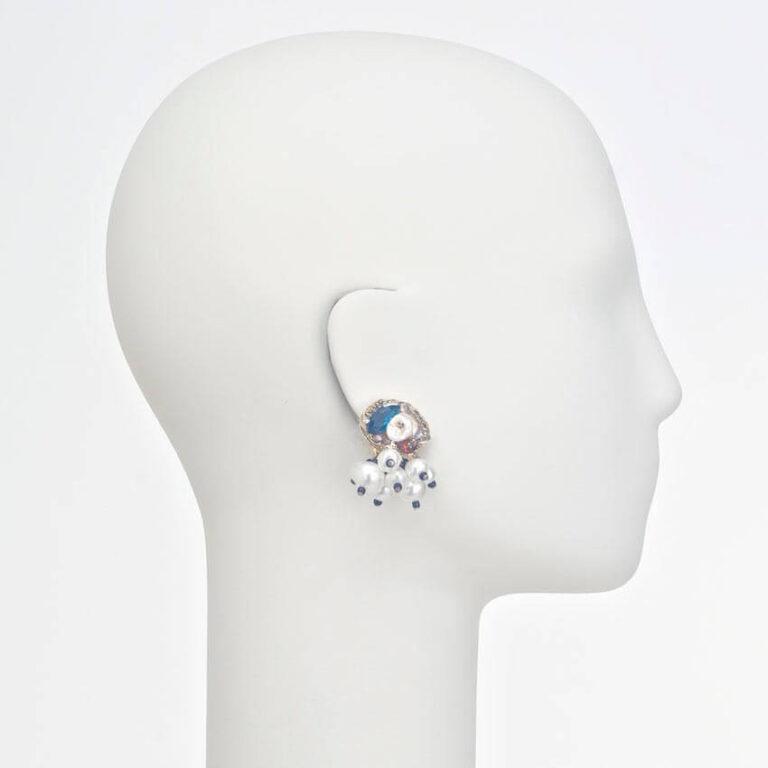 orecchino clip bianco blu