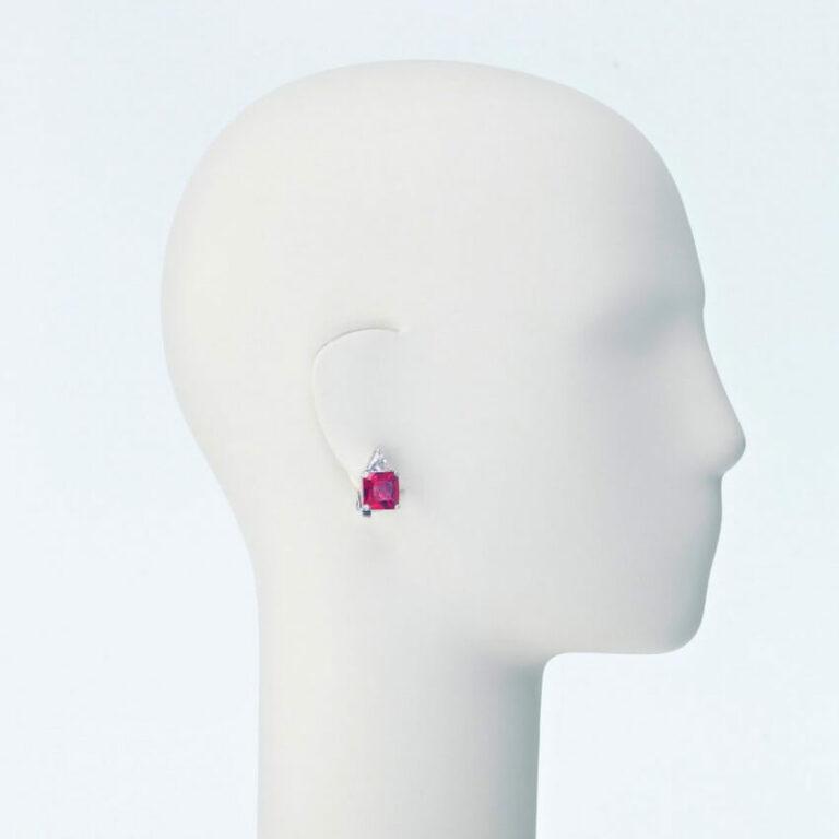 orecchino clip lobo zirconi rosso rubino