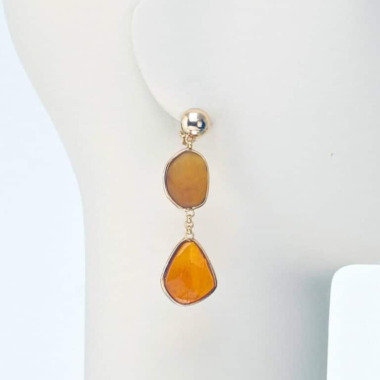 orecchino clip pendente oro resina ambra