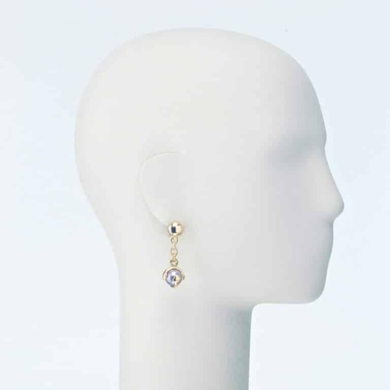 orecchino clip pendente perla grigia