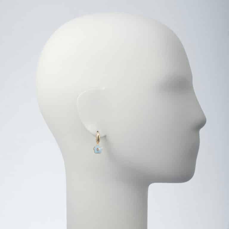 orecchino pendente fiore azzurro