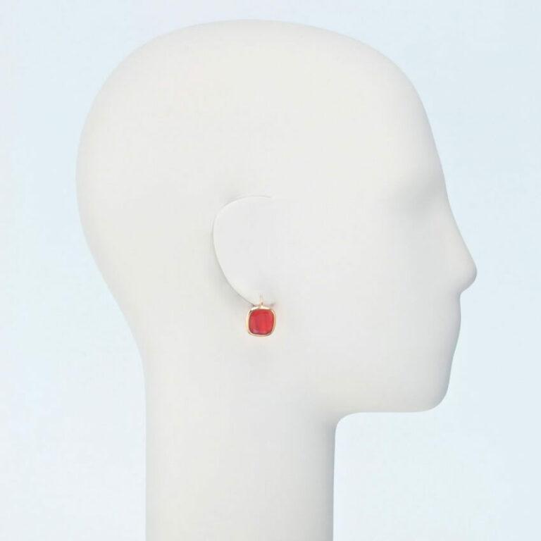 orecchino pendente oro pietra dura rosso