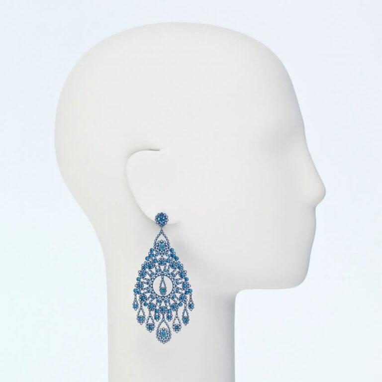 orecchino perno pendente blu