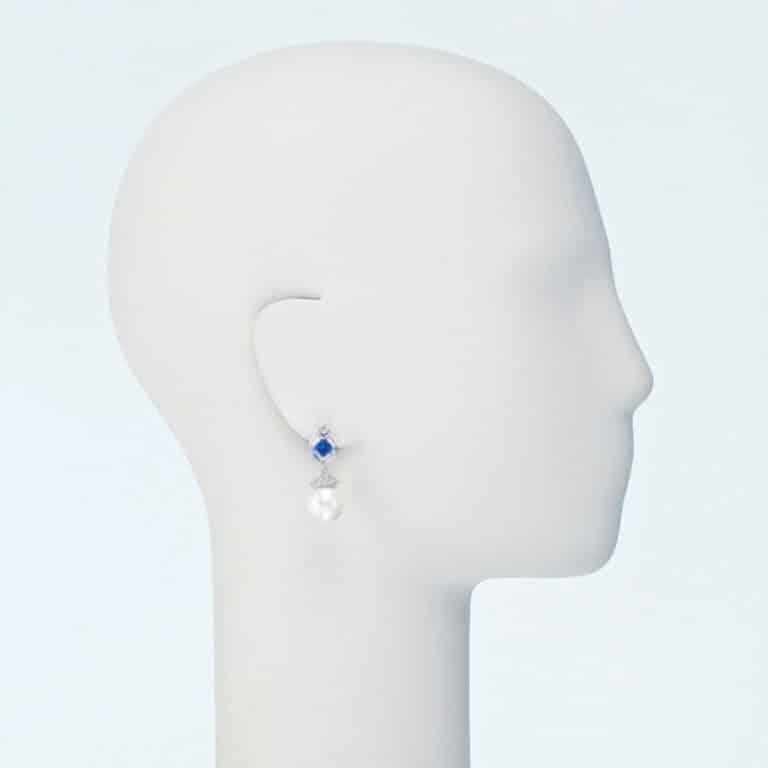 orecchino perno pendente perla blu zaffiro