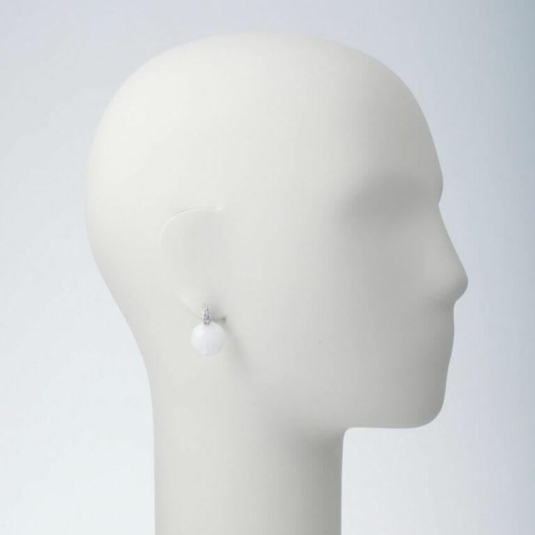 orecchino perno pietra bianca