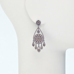 orecchino perno ricamo cristalli bronzo