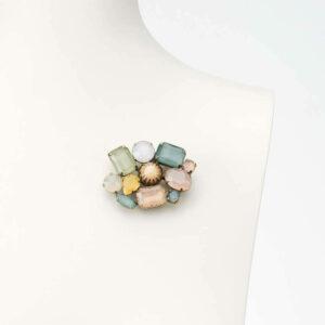 spilla fantasia multicolor resina rosa verde azzurro