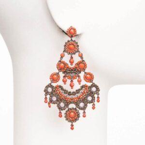 orecchino chandelier perno cristalli corallo e viola