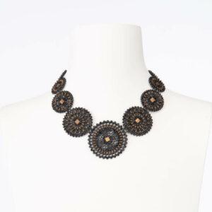 Collana girocollo arabesco nero brown cristalli neri