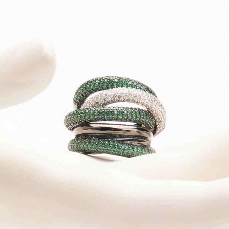 Anello fascia archi pavè crystal verde smeraldo 1