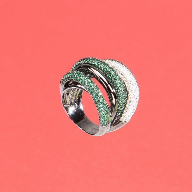 Anello fascia archi pavè crystal verde smeraldo 4