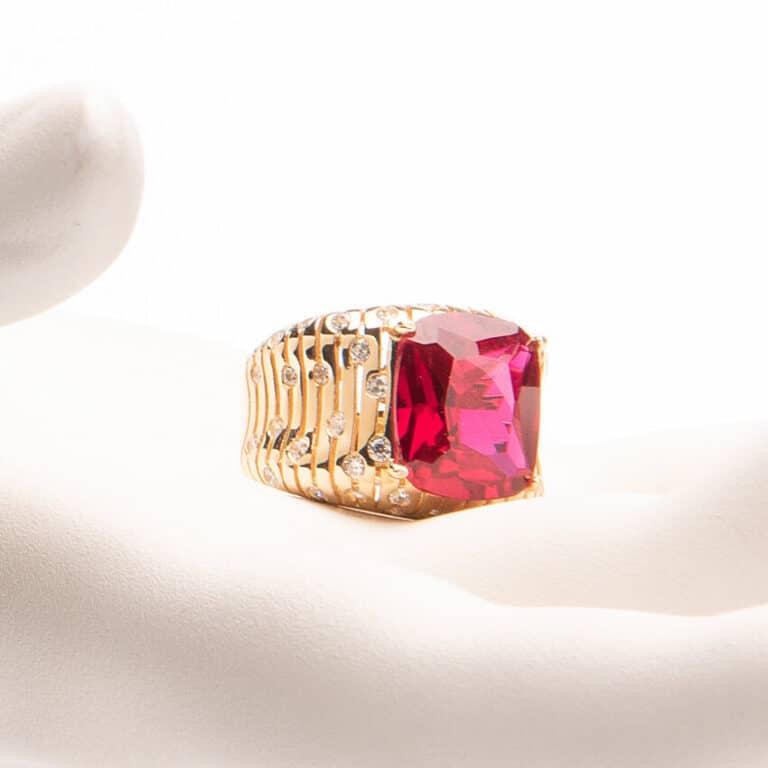 Anello fascia con pietra centrale color rubino 5
