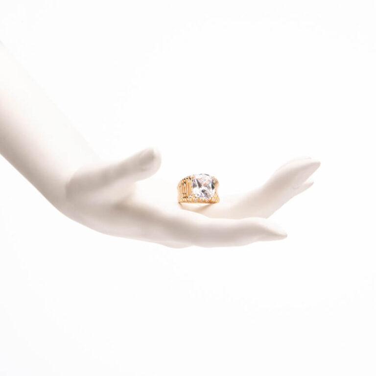 Anello pietra centrale crystal 5