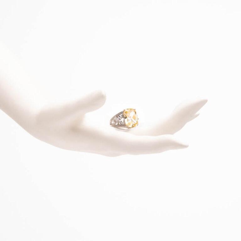 Anello pietra giallo canary zirconi marquise 2