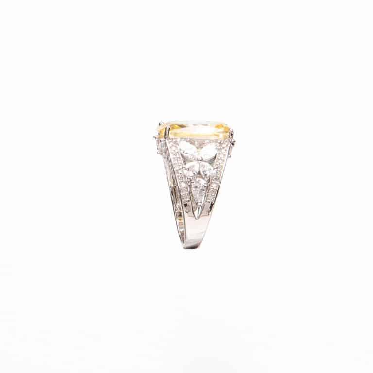 Anello pietra giallo canary zirconi marquise 3