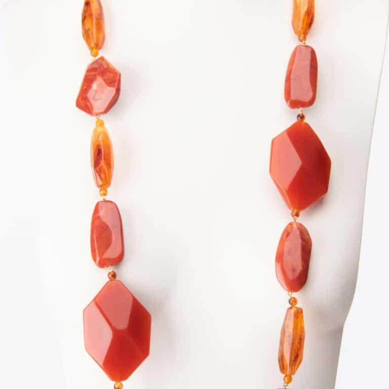 Collana lunga resina sfaccettata colore arancio 2
