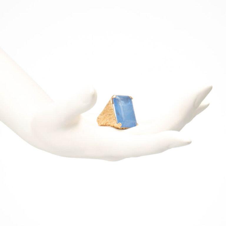 Anello argento placcato oro quarzo rettangolare blu 1