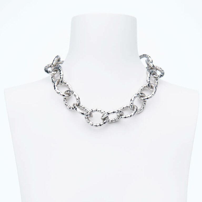 Collana girocollo catena groumette anelli battuti argento