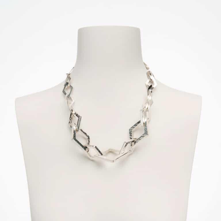 Collana girocollo rombi in gradazione in argento lucido 2
