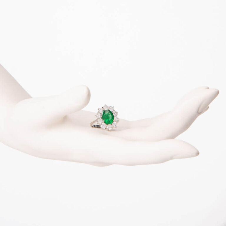 Anello fidanzamento verde smeraldo corona zirconi 2