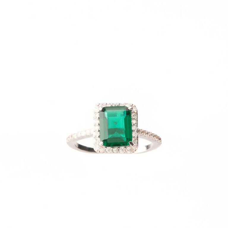 Anello solitario pietra centrale verde smeraldo 5