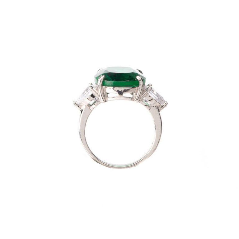 Anello tre pietre verde smeraldo ovale zirconi 2