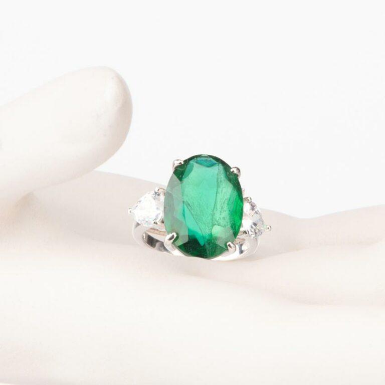 Anello tre pietre verde smeraldo ovale zirconi 4