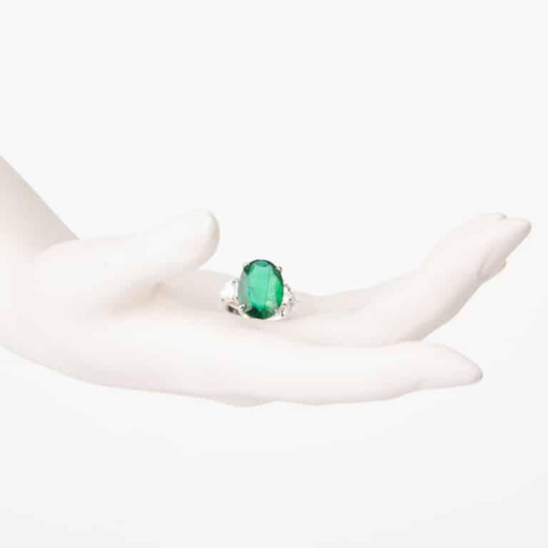 Anello tre pietre verde smeraldo ovale zirconi 5