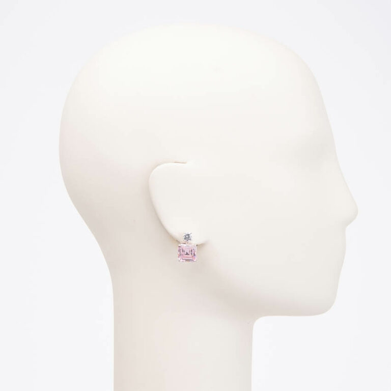 Orecchini perno punto luce zircone rosa carrè pendente 2