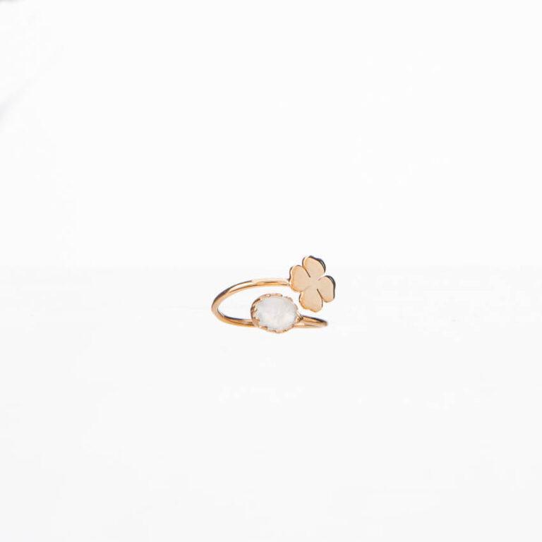 Anello piccolo contrariè oro quadrifoglio pietra luna 1