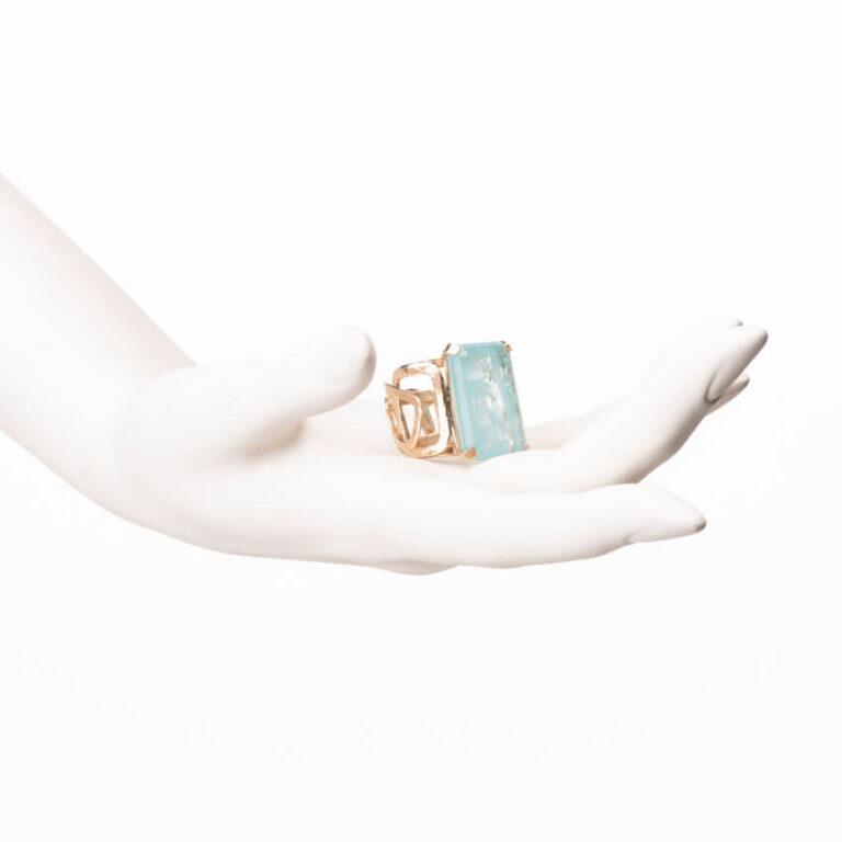 Anello fascia alta oro pietra rettangolare acquamarina 2