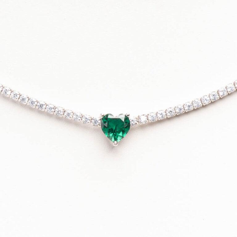 Collana girocollo modello tennis centrale cuore smeraldo 1